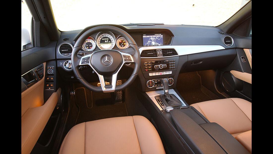 Mercedes C-Klasse T-Modell, Innenraum, Cockpit