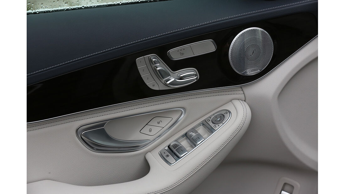 Mercedes C-Klasse, Türverkleidung, Sitzeinstellung