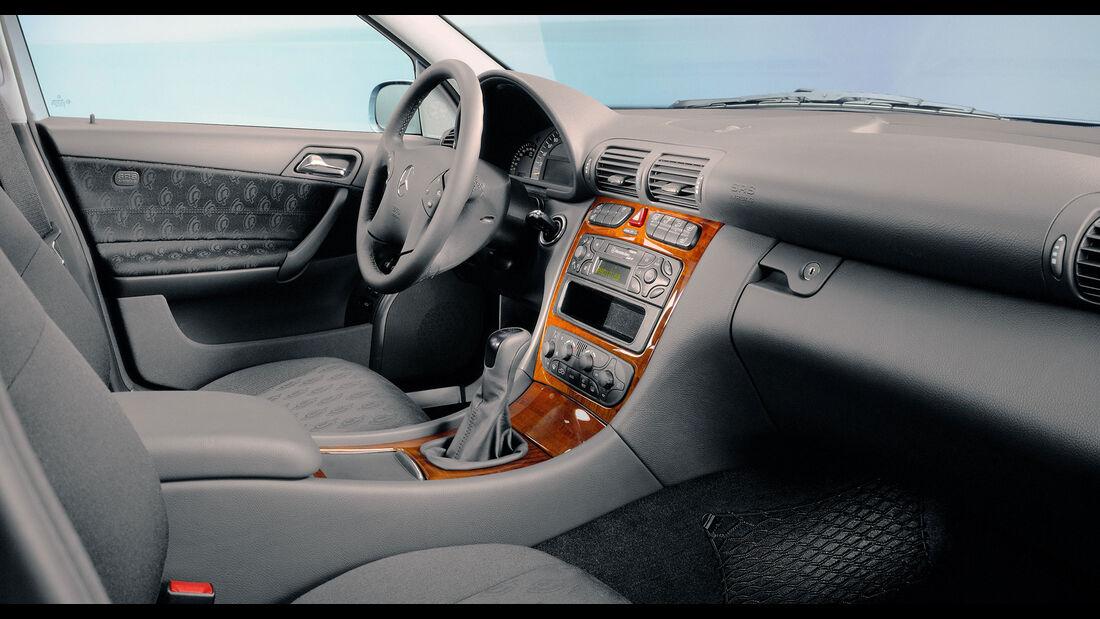 Mercedes C-Klasse W203 Interieur vor Modellpflege