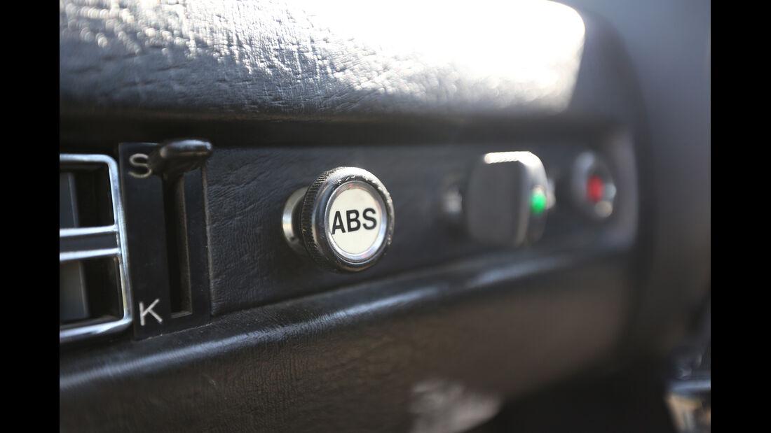 Mercedes C111, ABS, Schalter