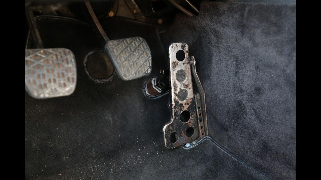 Mercedes C111, Pedalerie