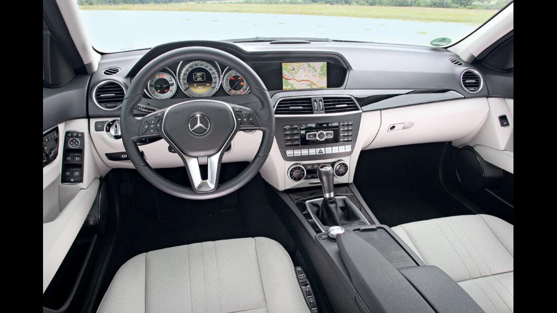 Mercedes C180, Innenraum