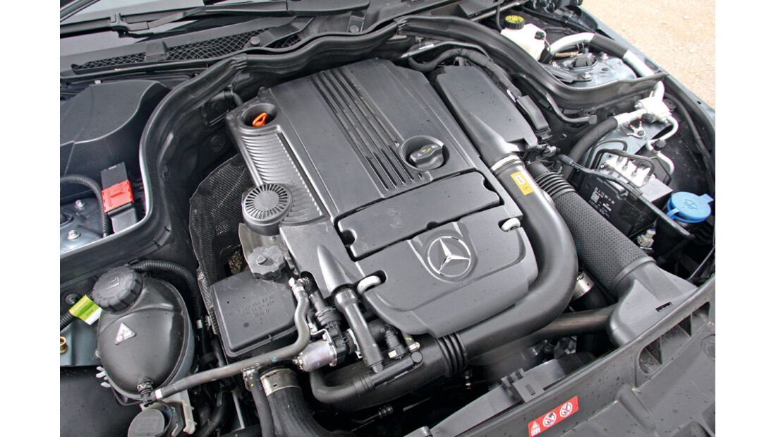 Mercedes C180, Motor