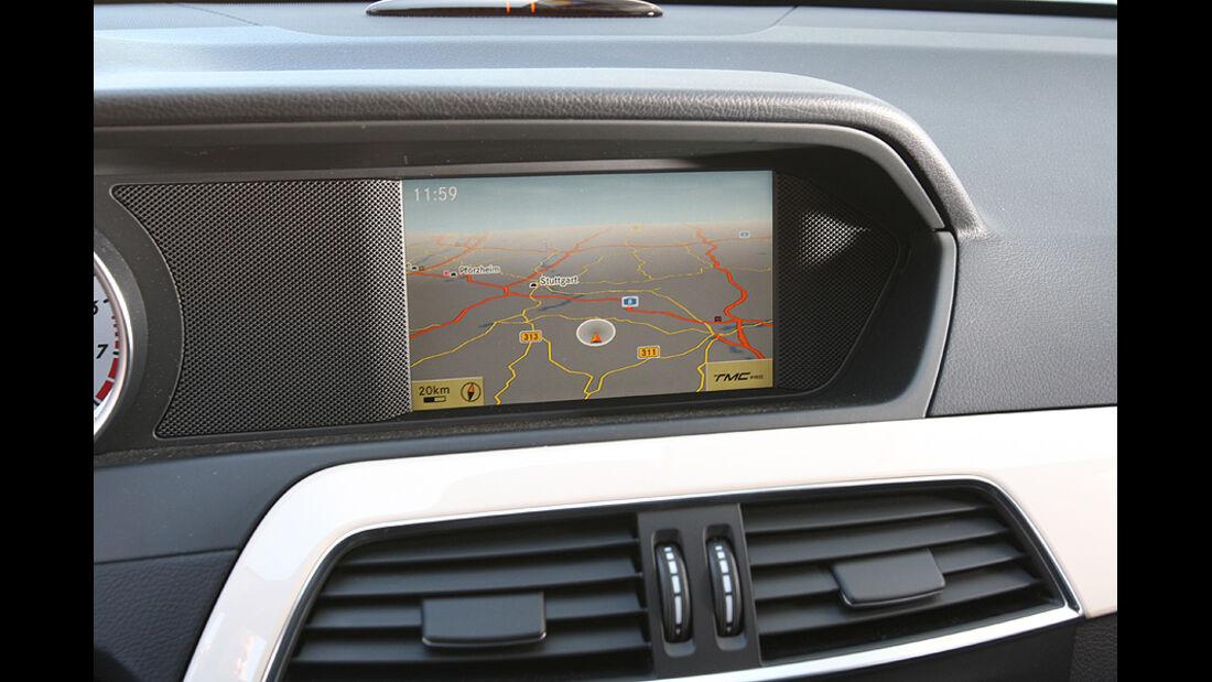 Mercedes C250 Coupe, Cockpit