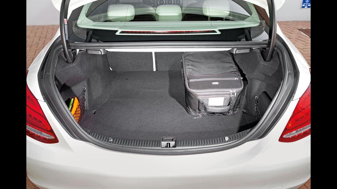 Mercedes C400 4Matic, Kofferraum