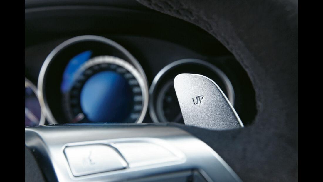 Mercedes C63 AMG Coupe Performance Package, Detail, Kippschalter