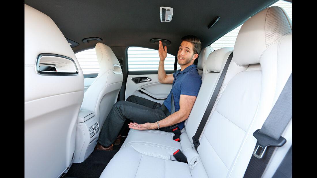 Mercedes CLA 180, Rücksitz, Kopffreiheit