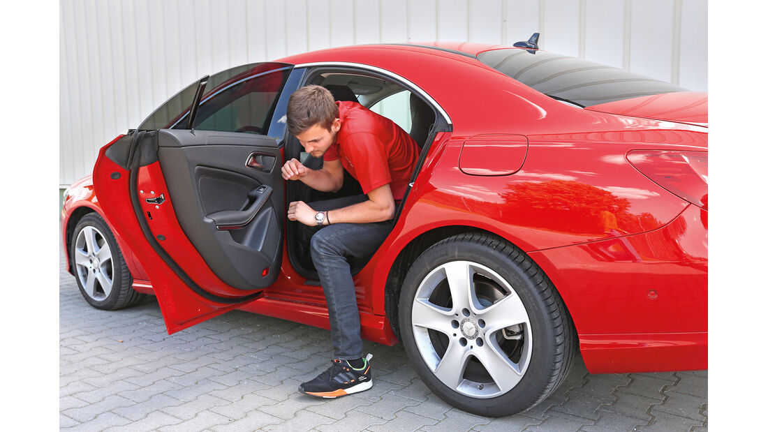 Mercedes CLA 220 CDI, Fondsitz, Aussteigen