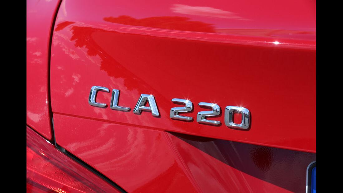Mercedes CLA 220 CDI, Typenbezeichnung