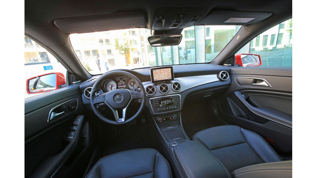 Mercedes CLA 250, Cockpit