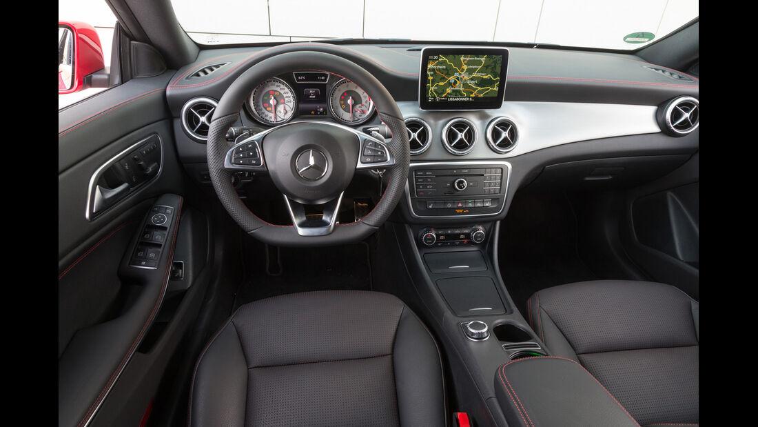 Mercedes CLA 250 Shooting Brake AMG Line, Cockpit