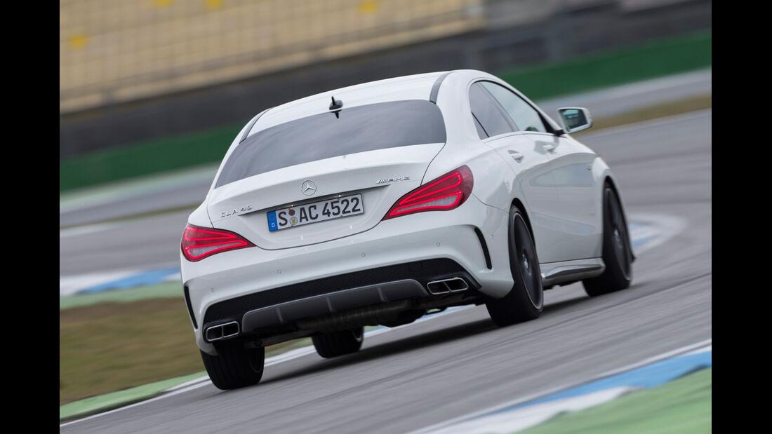 Mercedes CLA 45 AMG 4MATIC, Heckansicht