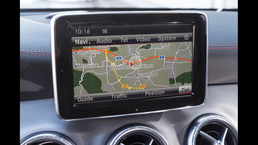 Mercedes CLA 45 AMG 4MATIC, Navi, Display