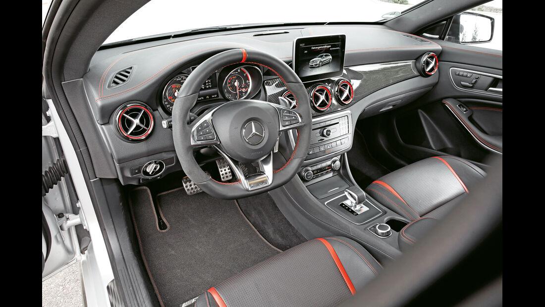 Mercedes CLA 45 AMG Shooting Brake, Cockpit