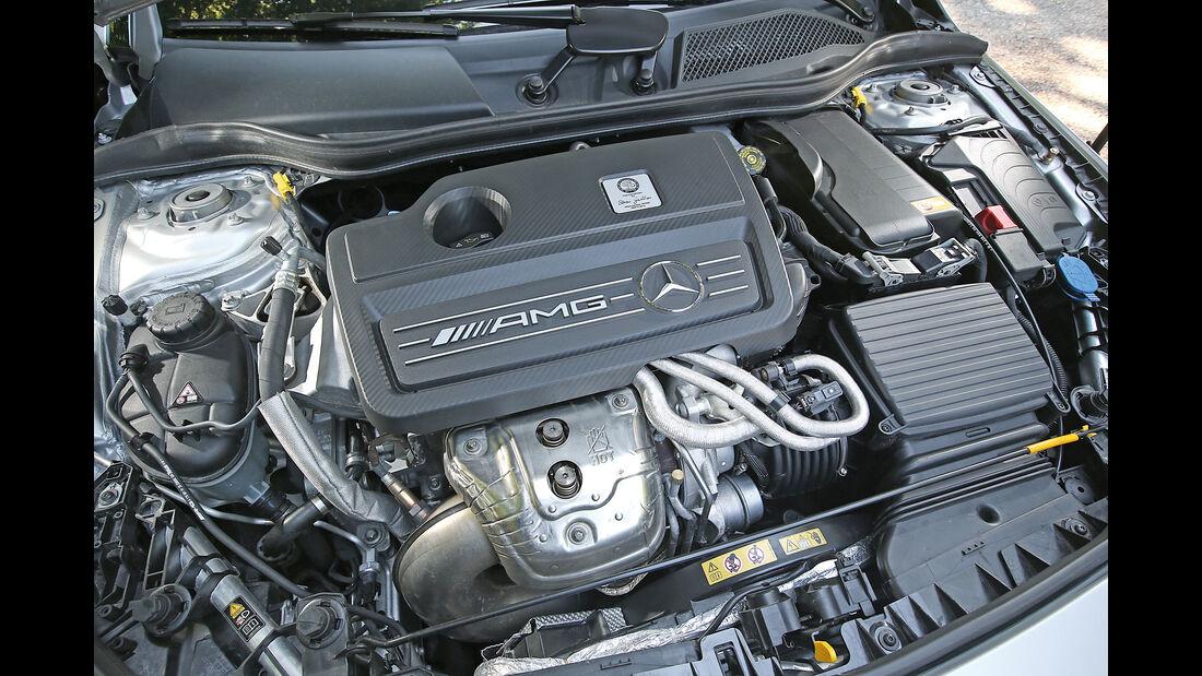 Mercedes CLA 45 AMG Shooting Brake, Motor