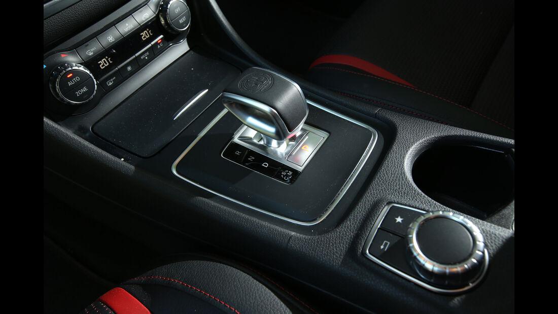 Mercedes CLA 45 AMG Shooting Brake, Schalthebel