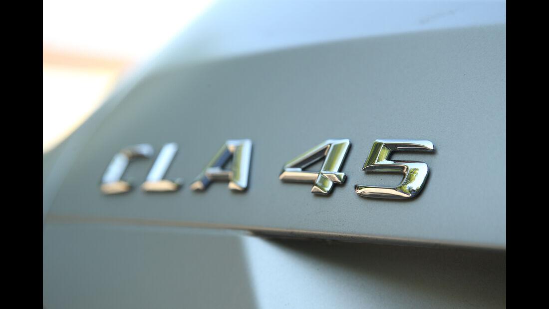 Mercedes CLA 45 AMG Shooting Brake, Typenbezeichnung