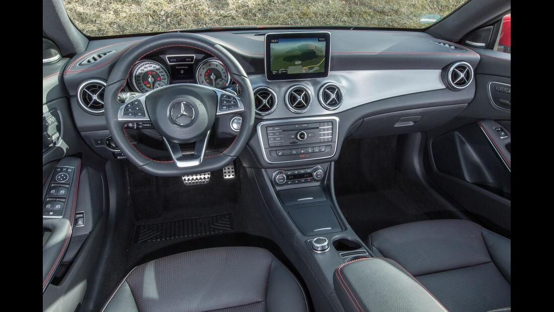 Mercedes CLA Shooting Brake, Cockpit