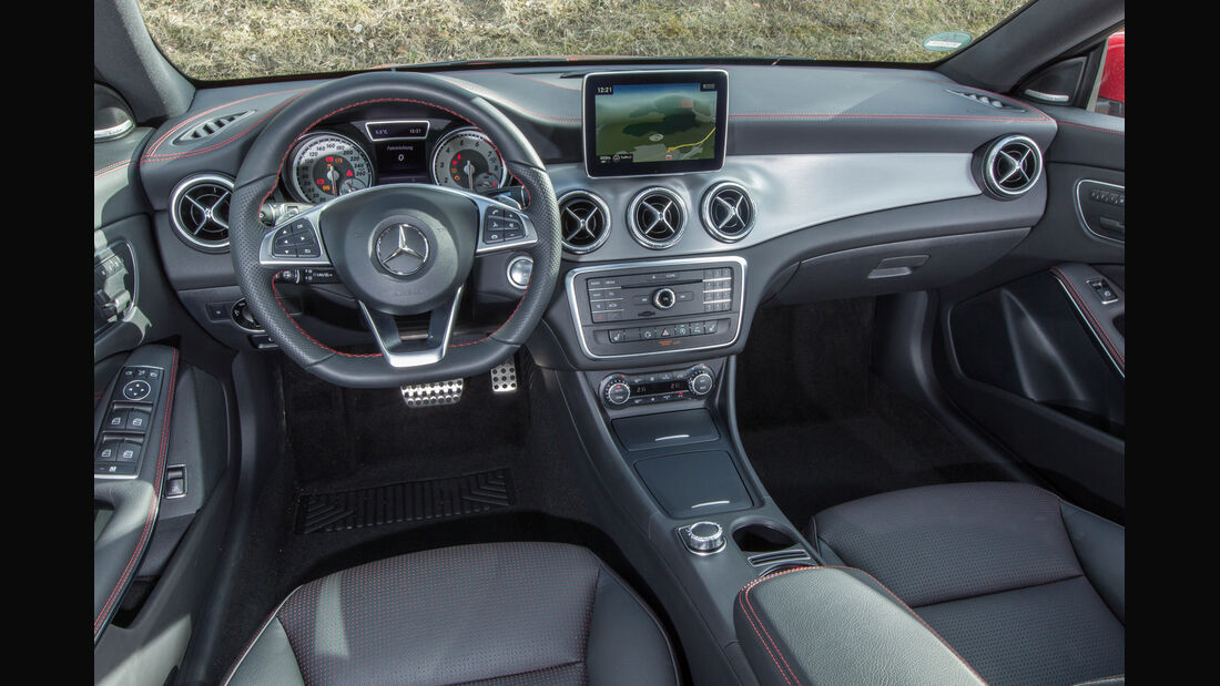 Mercedes CLA Shooting Brake, Cockpit