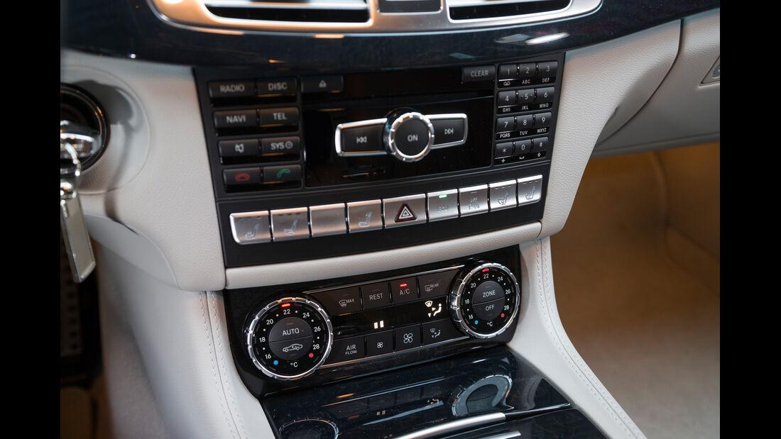 Mercedes CLS 250 CDI SB, Mittelkonsoel