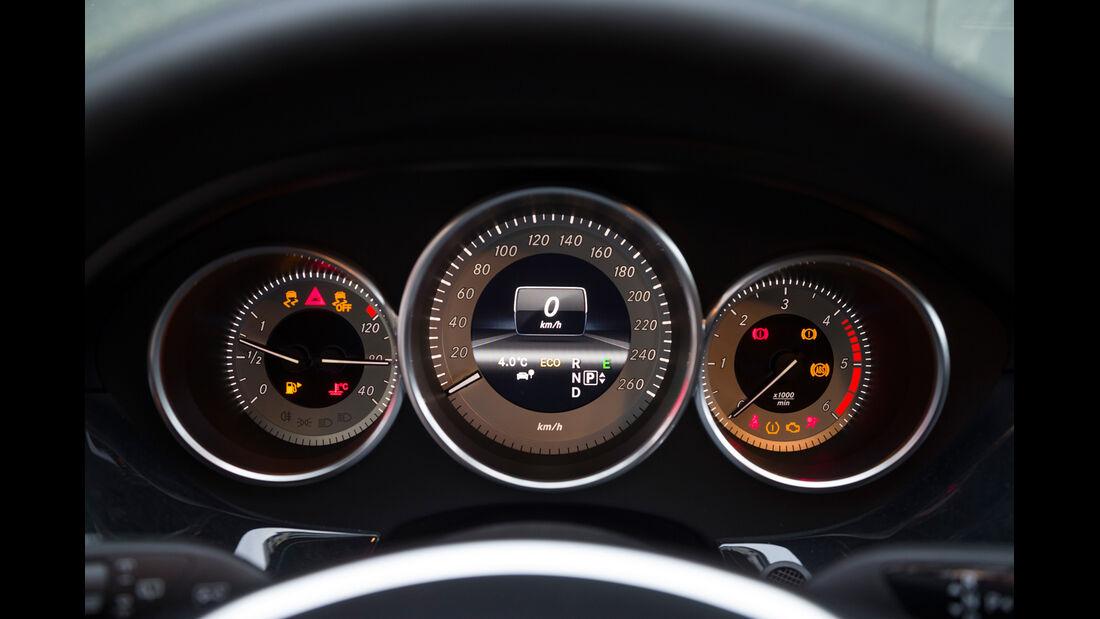 Mercedes CLS 250 CDI SB, Rundinstrumente, Tacho