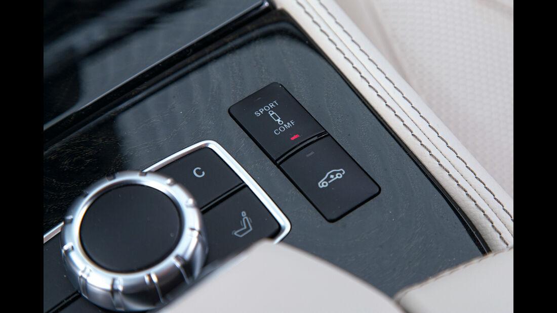 Mercedes CLS 400 4Matic, Bedienelemente