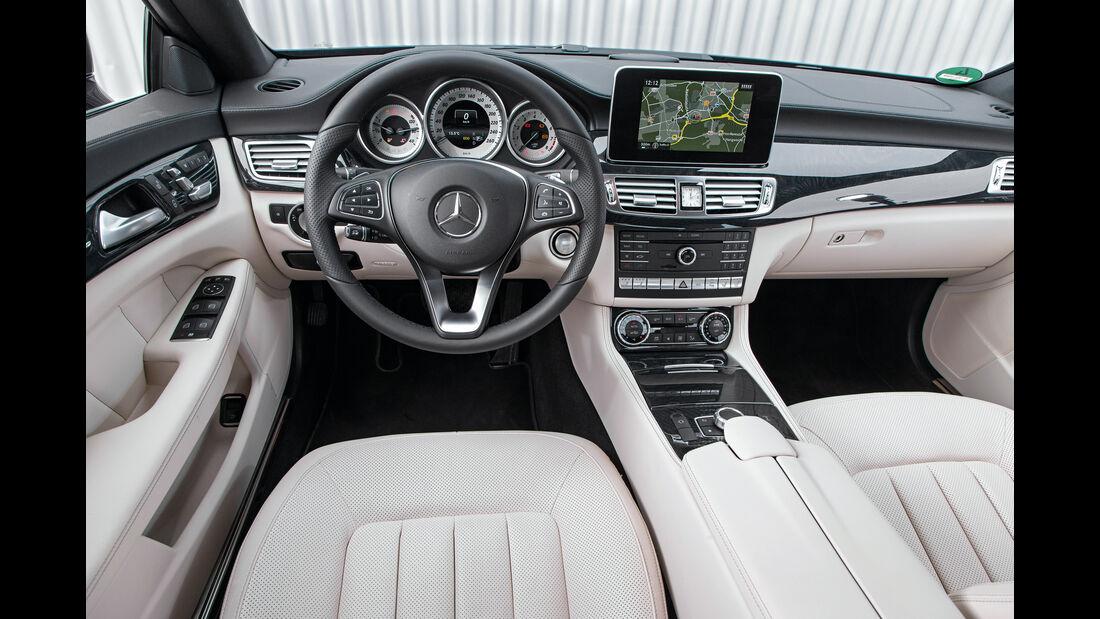 Mercedes CLS 400 4Matic, Cockpit