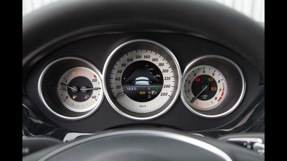 Mercedes CLS 400 4Matic, Rundinstrumente