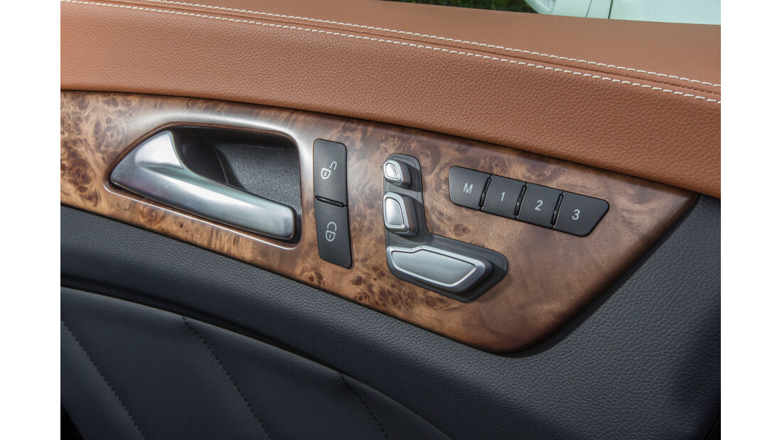 Mercedes CLS 500 4MATIC, Mittelkonsole