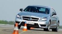 Mercedes CLS 63 AMG, Frontansicht, Slalom