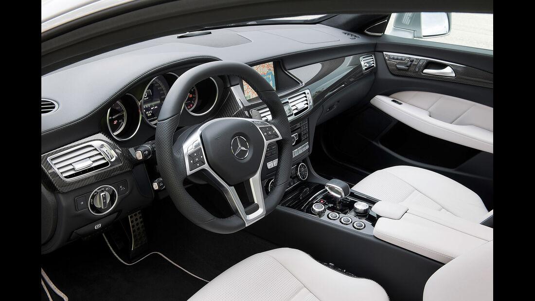 Mercedes CLS 63 AMG Shooting Brake, Innenraum, Cockpit