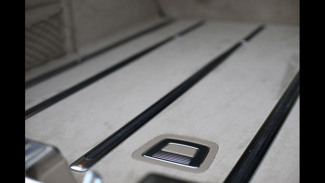 Mercedes CLS Shooting Brake, Boden, Verarbeitung