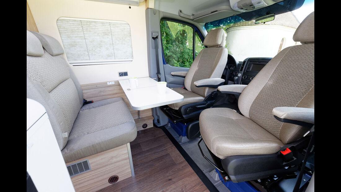 Mercedes Caravan Salon 2037