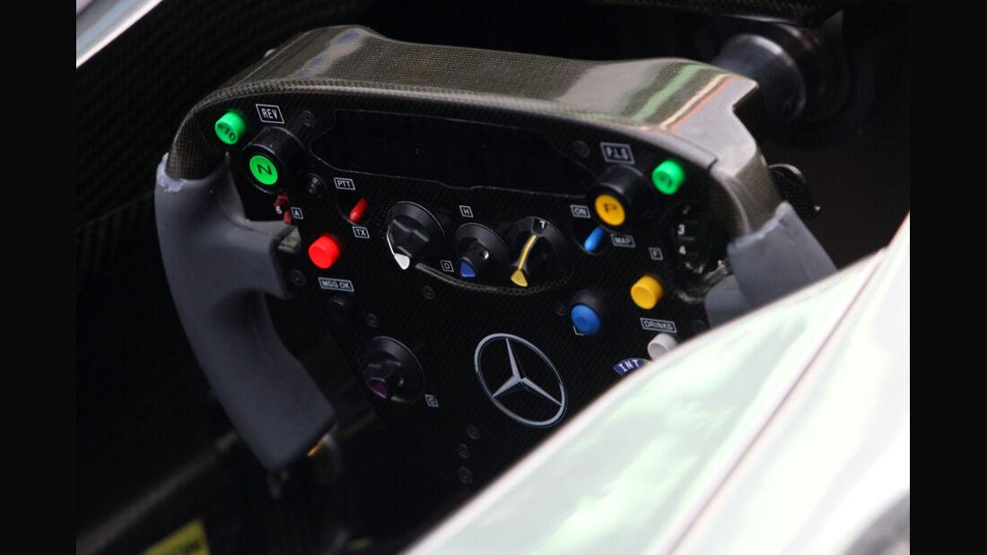 Mercedes-Cockpit - GP Indien - 27.10.2011