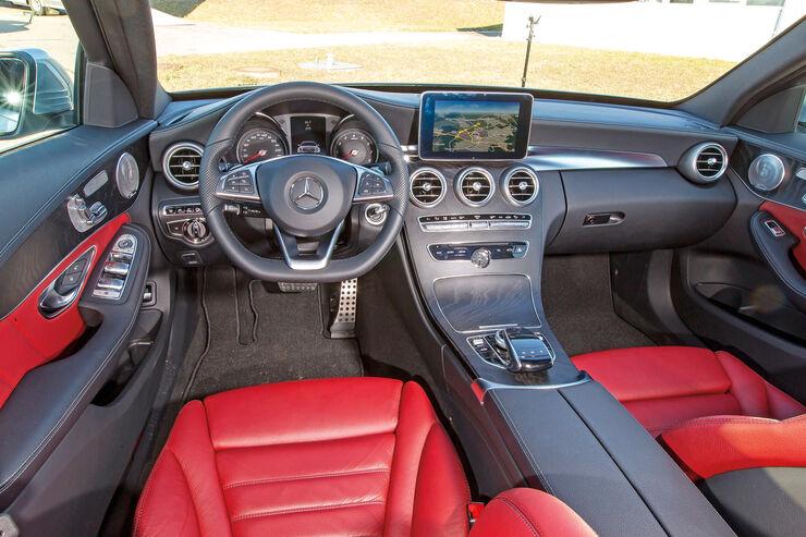 Mercedes Comand Online, Cockpit