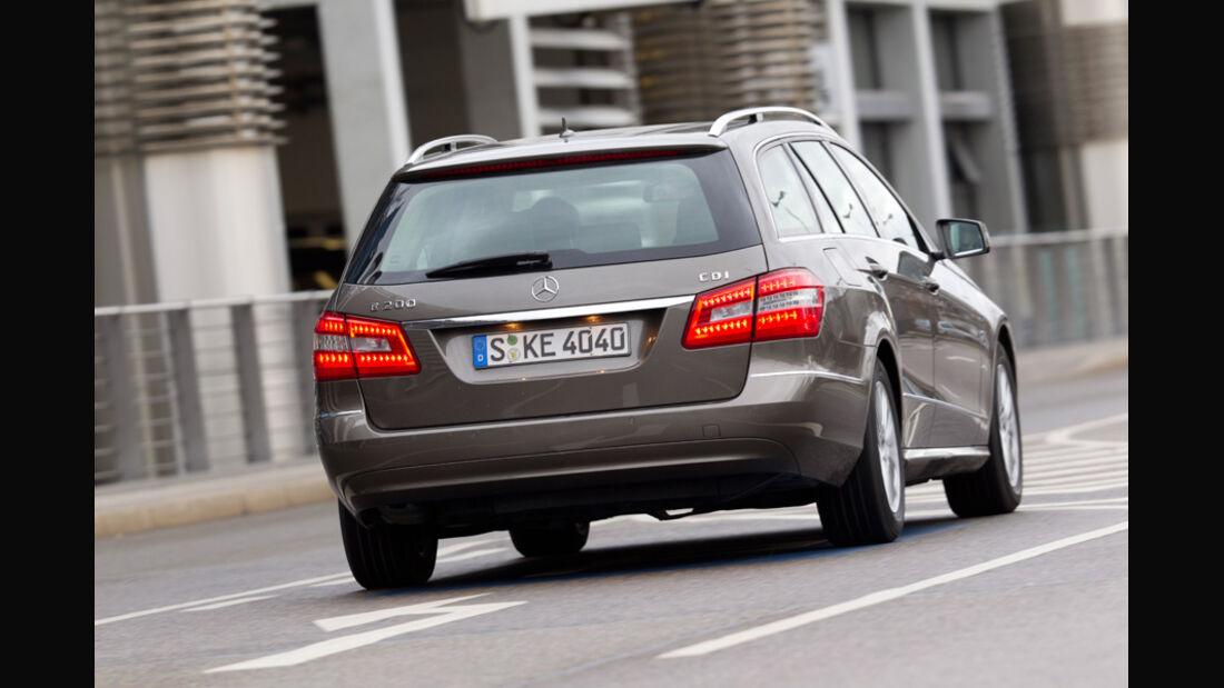 Mercedes E 200 CDI T Elegance, Rückansicht, Stadt, Heck, Bremslicht