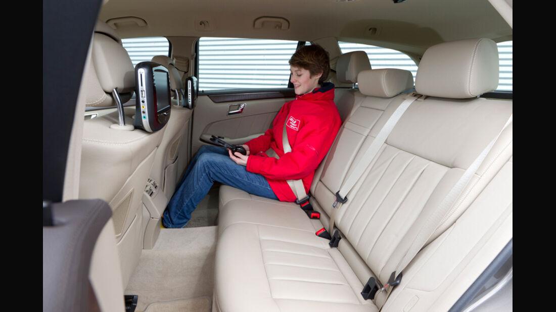 Mercedes E 200 CDI T Elegance, Rücksitz, Rückbank, Innenraum