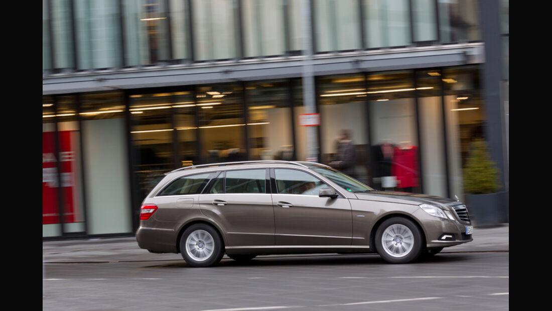Mercedes E 200 CDI T Elegance, Seitenansicht, Stadt