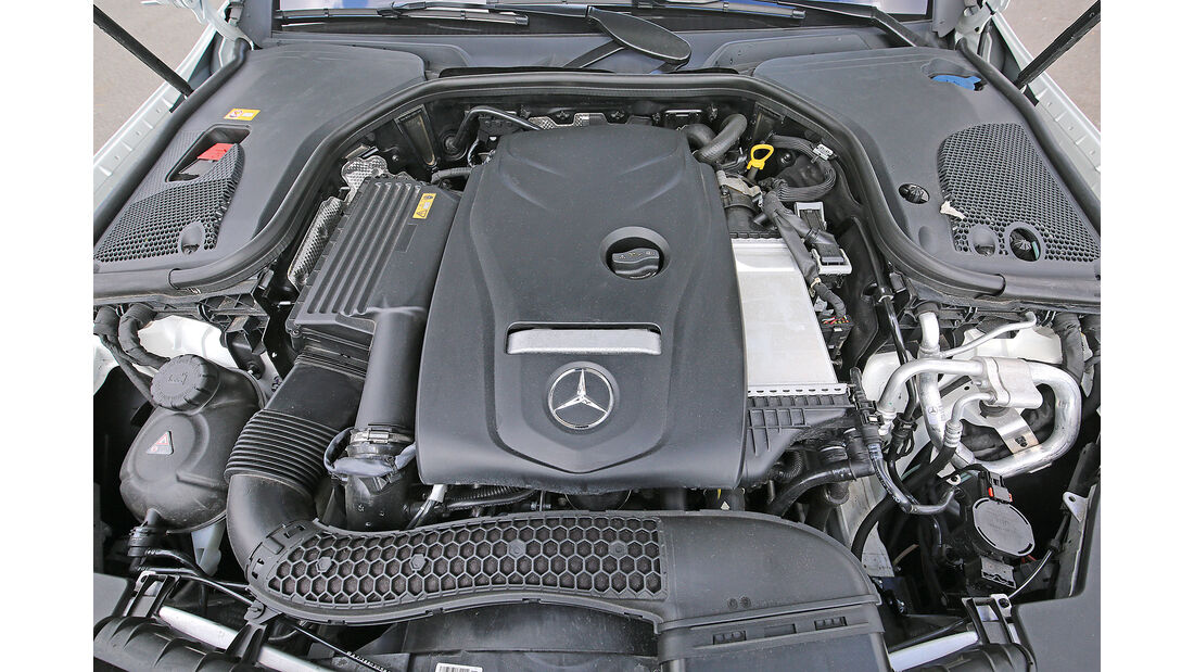 Mercedes E 200 Motor