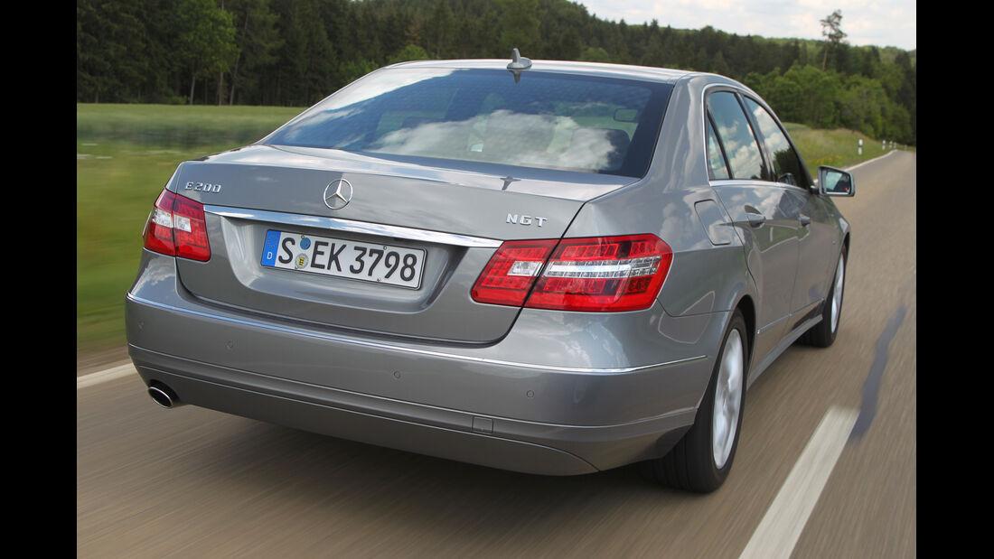 Mercedes E 200 NGT, Heckansicht