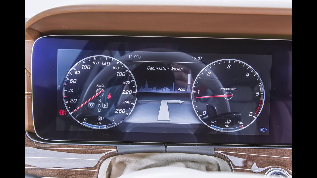 Mercedes E 200 T Cockpit