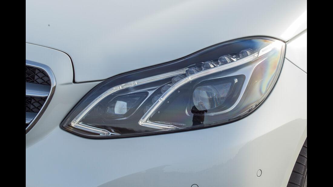 Mercedes E 200 T, Frontscheinwerfer