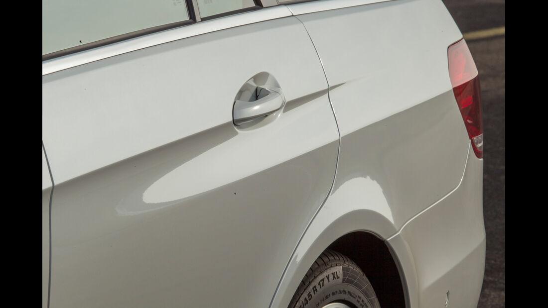 Mercedes E 200 T, Seitenführung