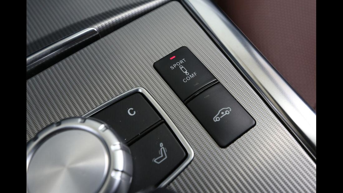 Mercedes E 220 CDI, Bedienelement