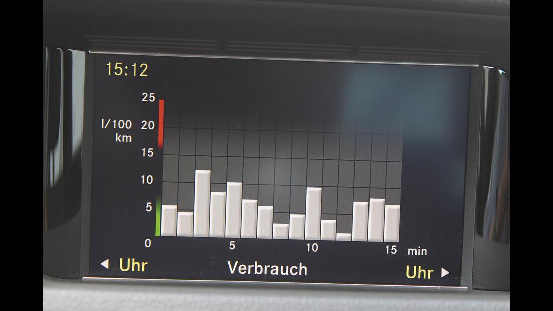 Mercedes E 220 CDI Edition, Bordcomputer, Verbrauch