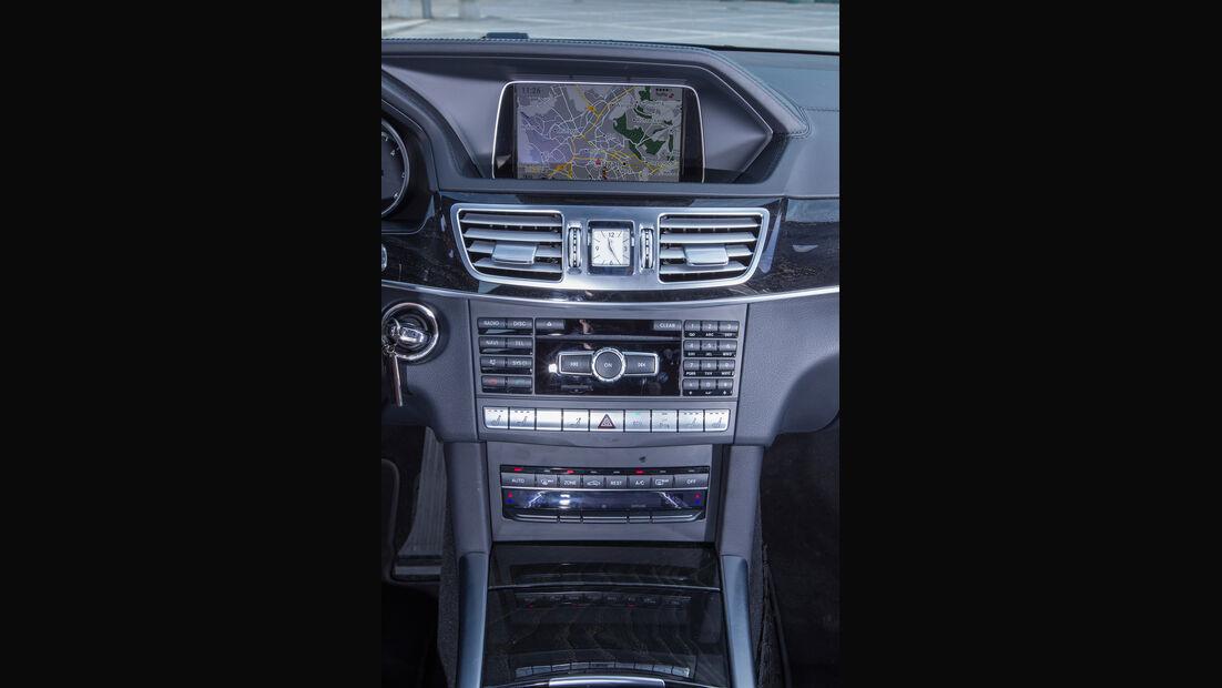 Mercedes E 220 T Bluetec, Mittelkonsole