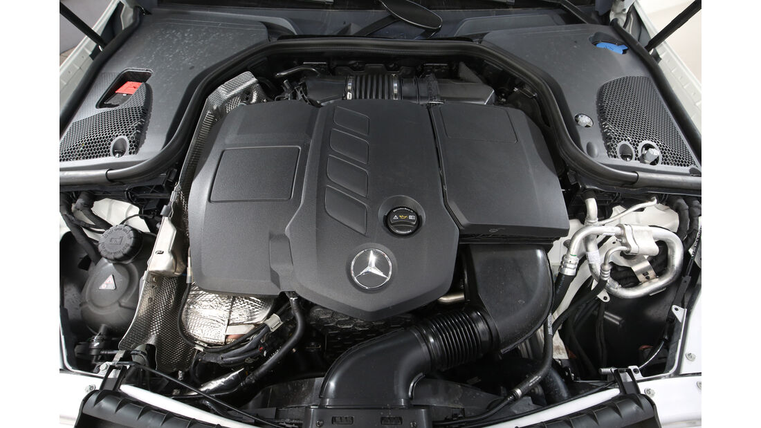 Mercedes E 220 d 4Matic, Motor