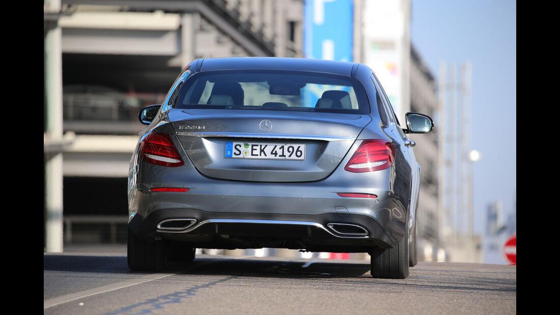 Mercedes E 220 d, Heckansicht