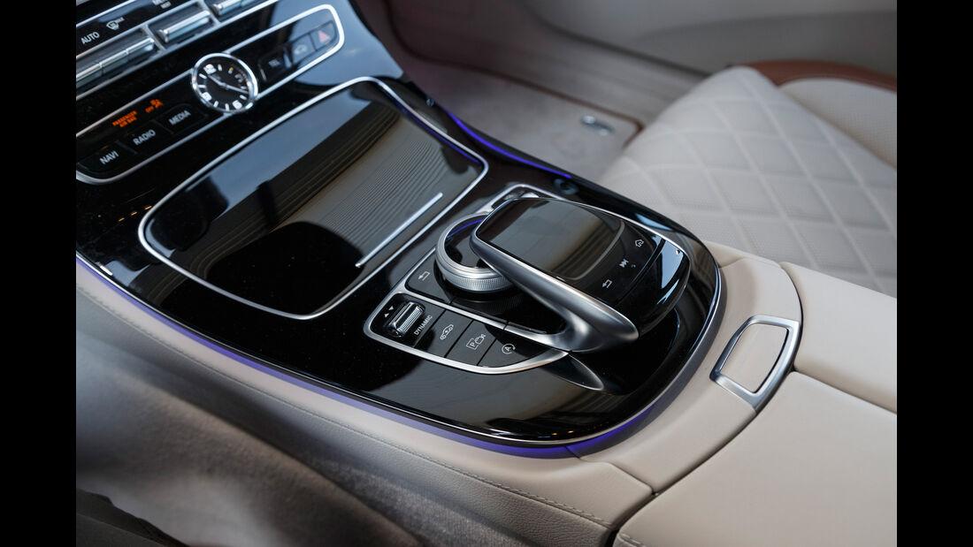 Mercedes E 220 d T, Bedienelemente