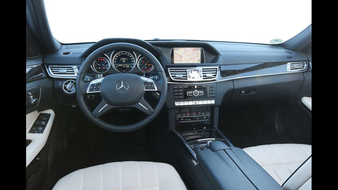 Mercedes E 250 CDI T 4matic, Cockpit